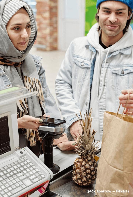 Cashless Society: 3 Negara yang Terbiasa Top Up E-money