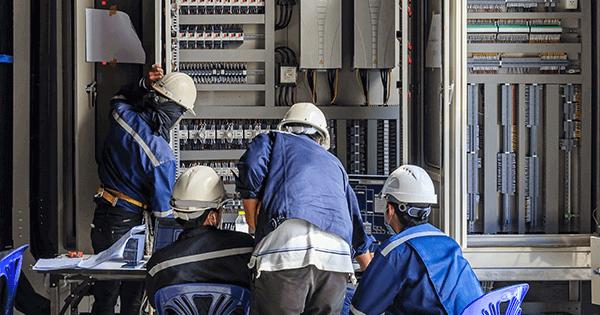 Tagihan listrik membengkak dikarenakan pemakaian masyarakat